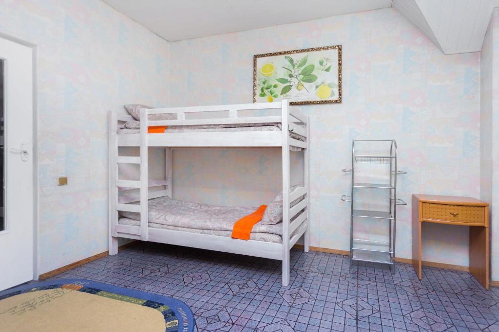 Хостел Hostel - превью-фото №1