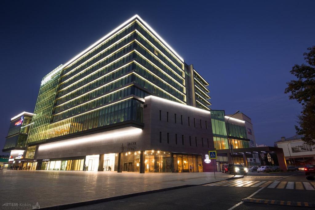 Отель Hotel ATRIUM - фото №1