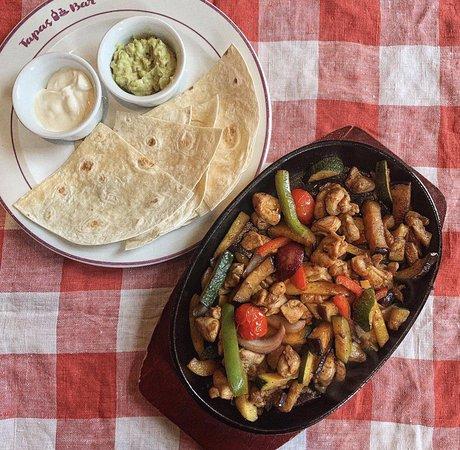 Ресторан Тапас Бар - превью-фото №1