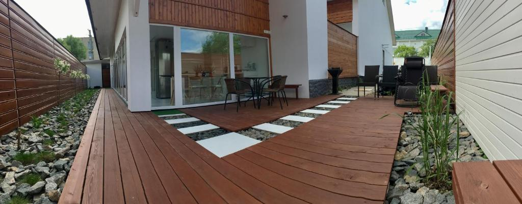 Отель New 2-level luxury apartments with terrace in the - фото №26