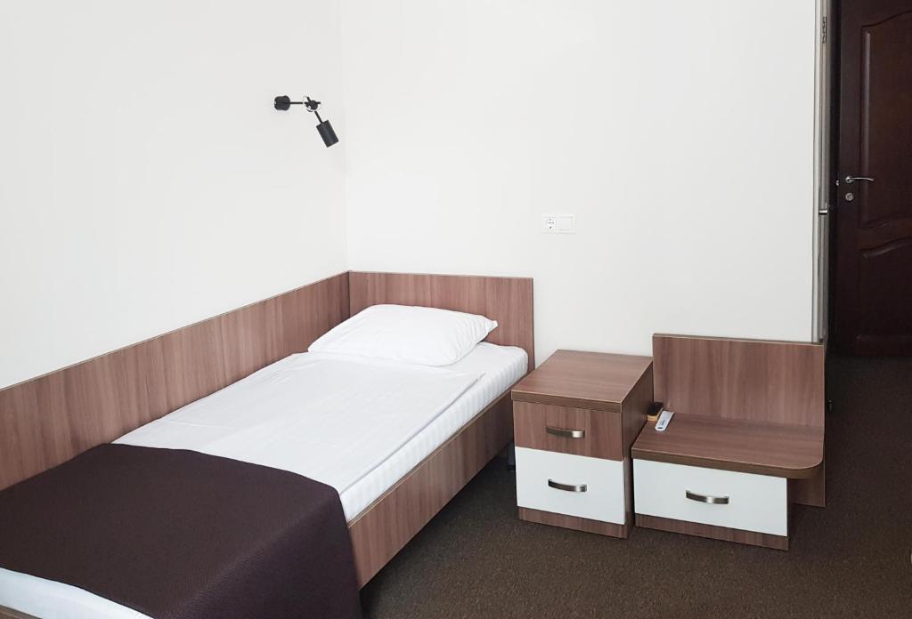 Отель Молодежная - фото №28