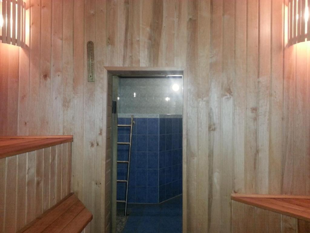 Отель With sauna - фото №8