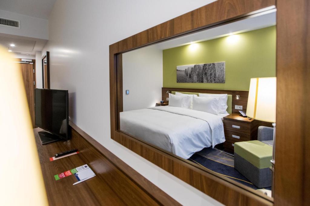 Отель Hampton by Hilton Brest - фото №11