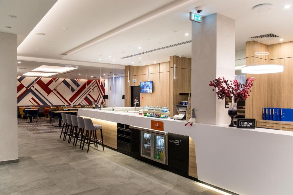 Отель Hampton by Hilton Brest - фото №5