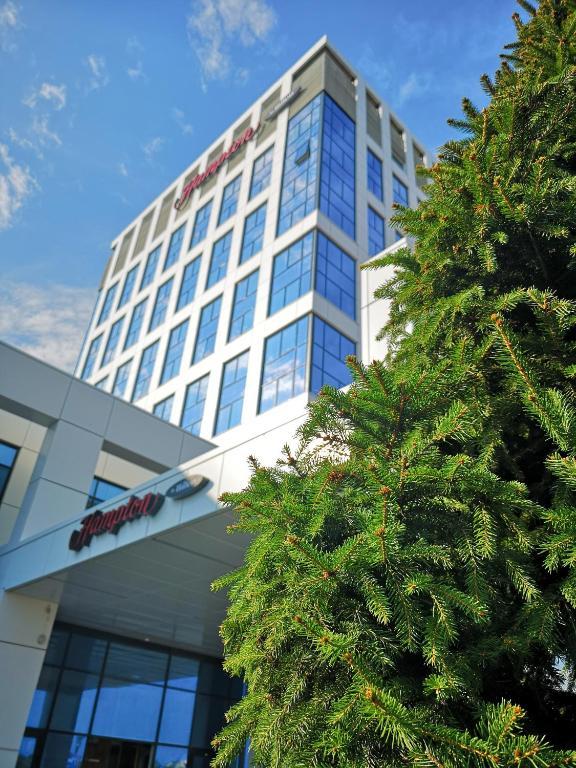 Отель Hampton by Hilton Brest - фото №31