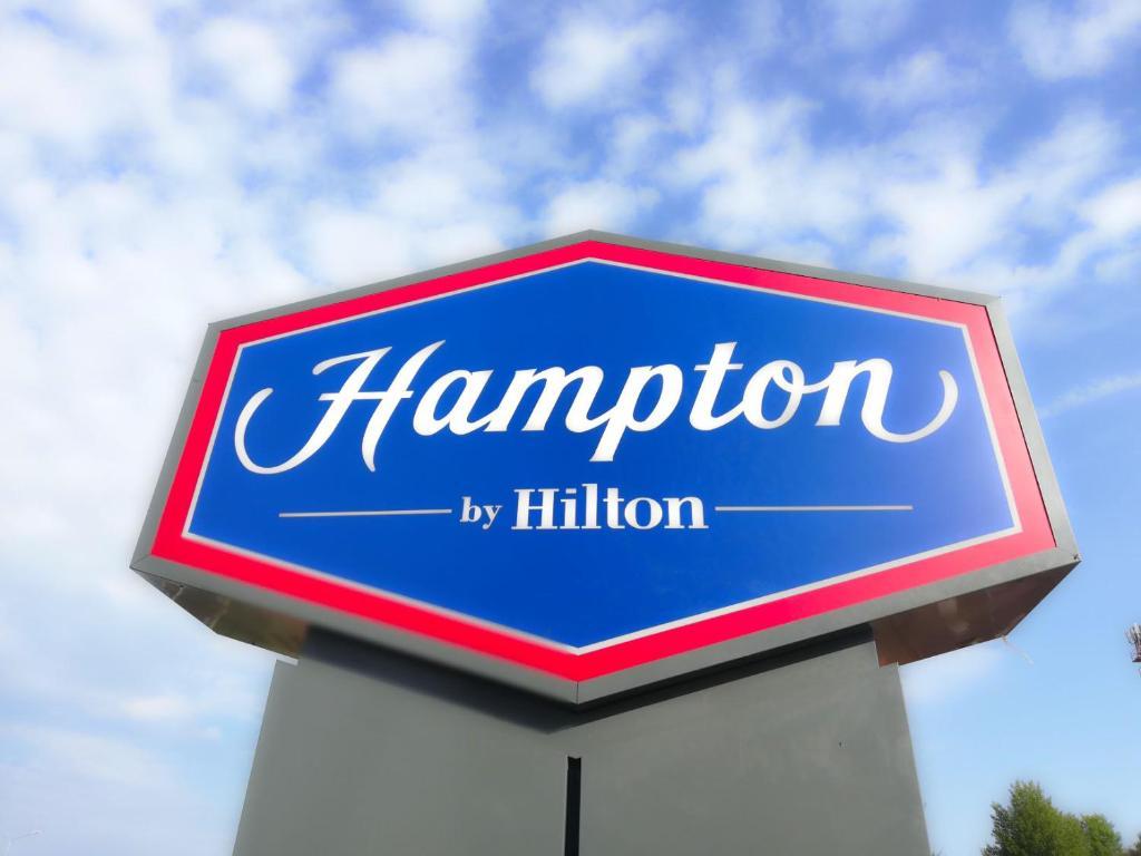 Отель Hampton by Hilton Brest - фото №41