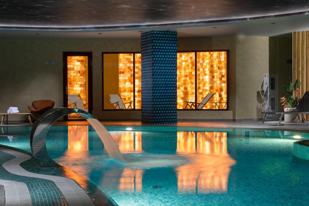 Отель Hotel ATRIUM - фото №10