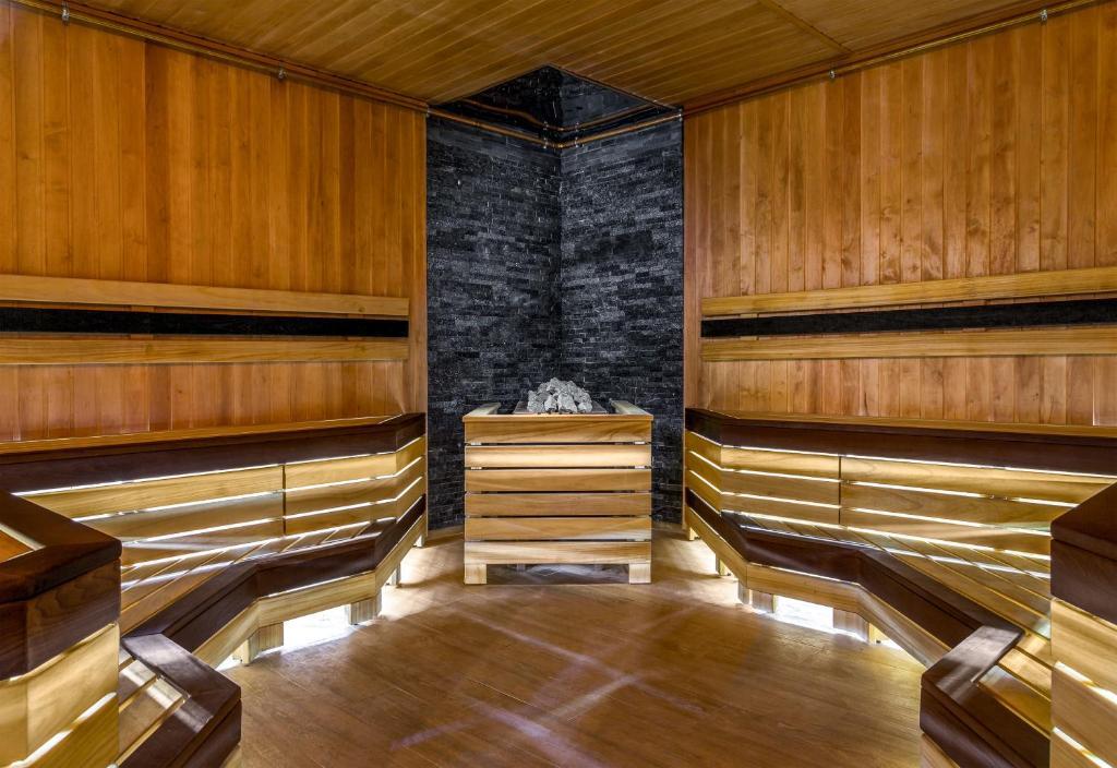 Отель Hotel ATRIUM - фото №23