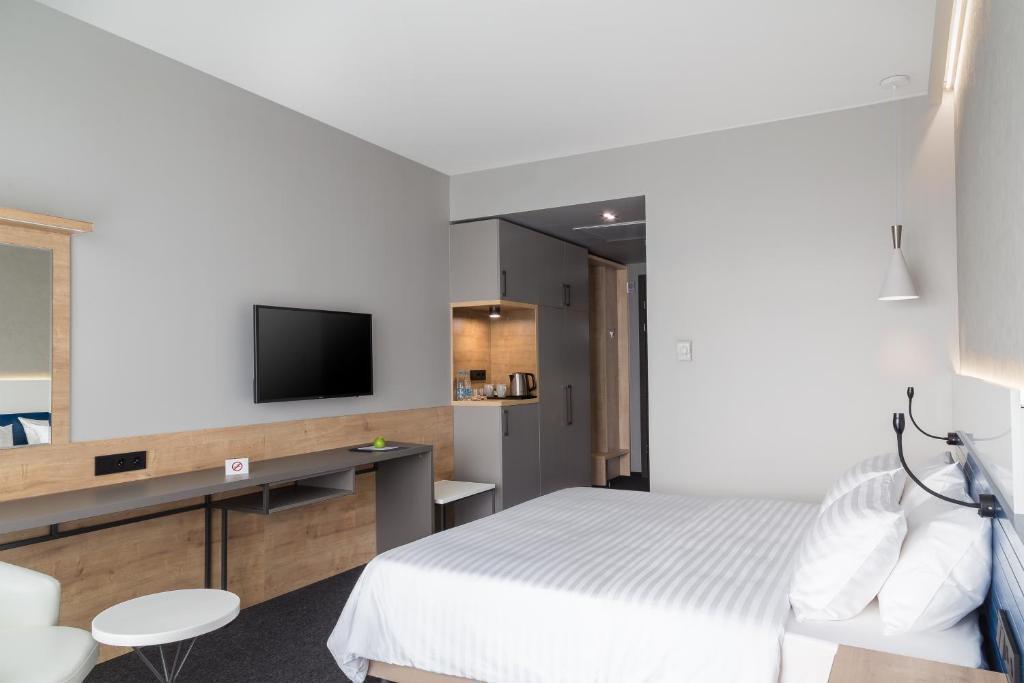 Отель Hotel ATRIUM - фото №82
