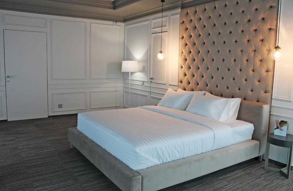 Отель Hotel ATRIUM - фото №42
