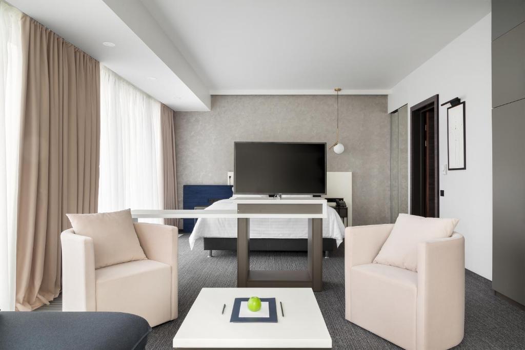 Отель Hotel ATRIUM - фото №75