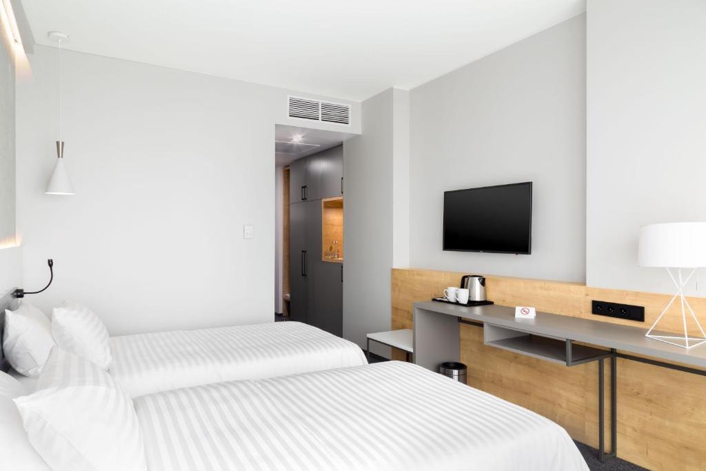 Отель Hotel ATRIUM - фото №81