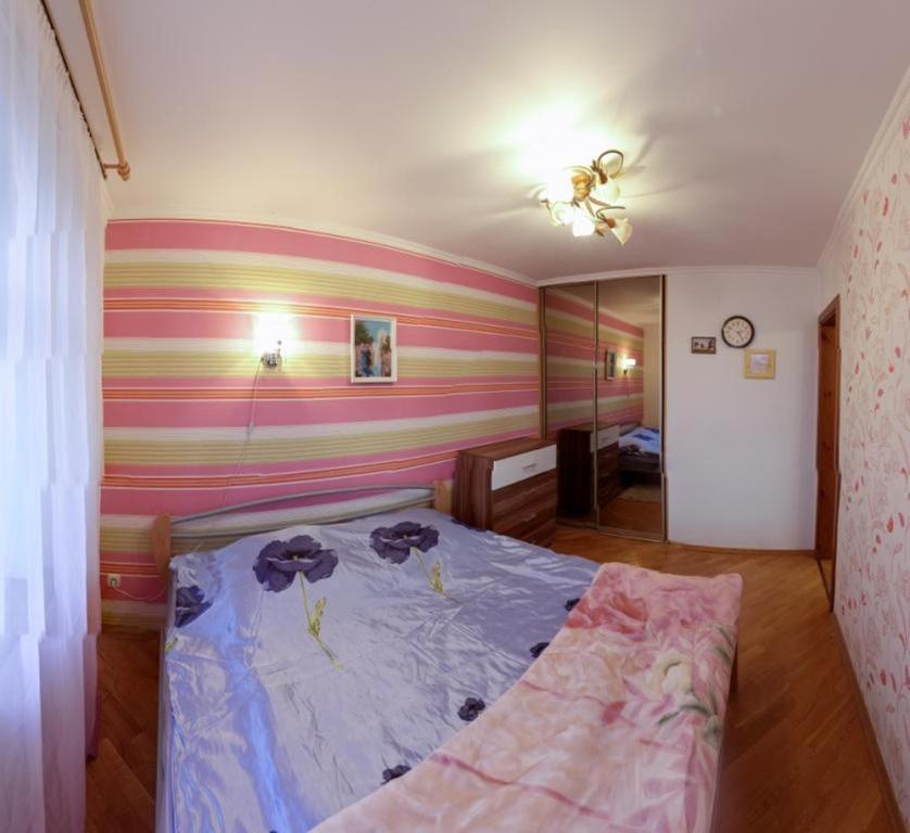 Отель На Сурганова - фото №4