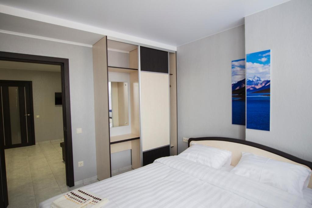 Отель Hvalana - фото №68