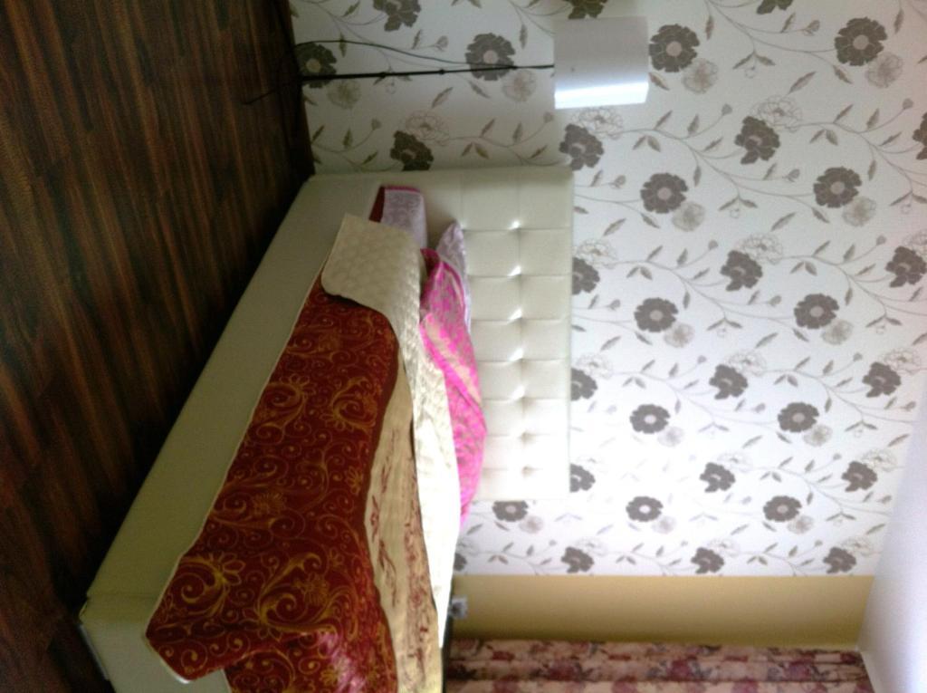 Отель Beautiful на Клецкова 29 - фото №3