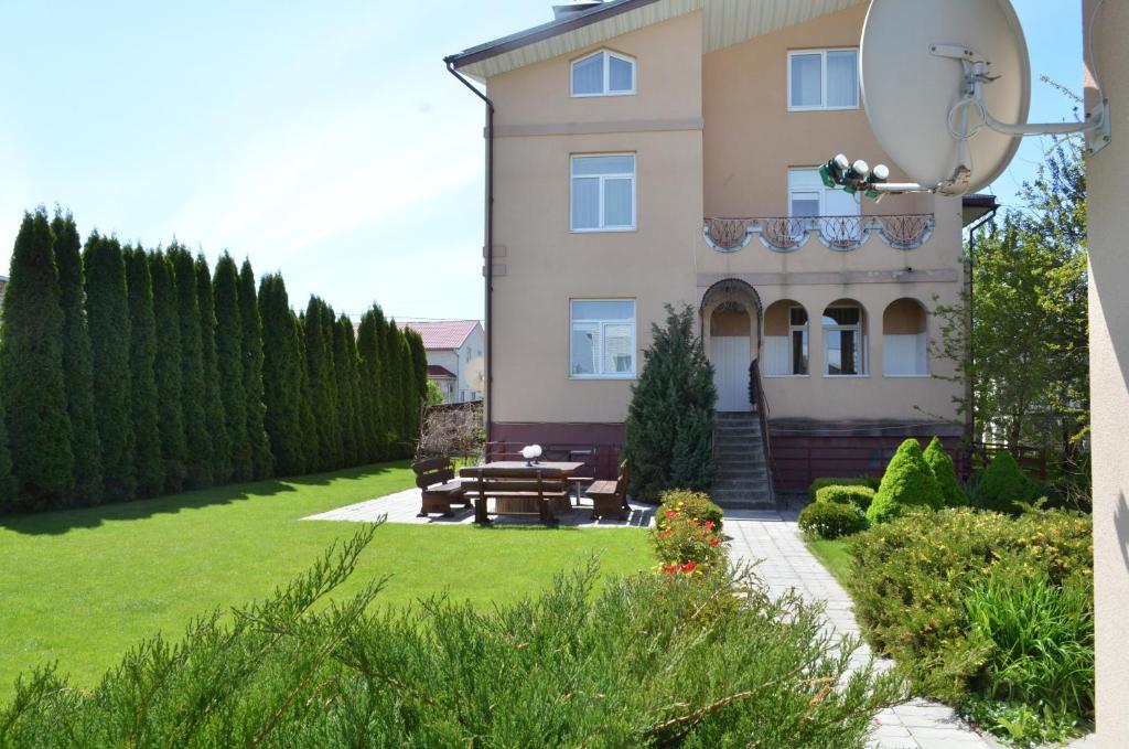 Отель With sauna and pool - фото №44