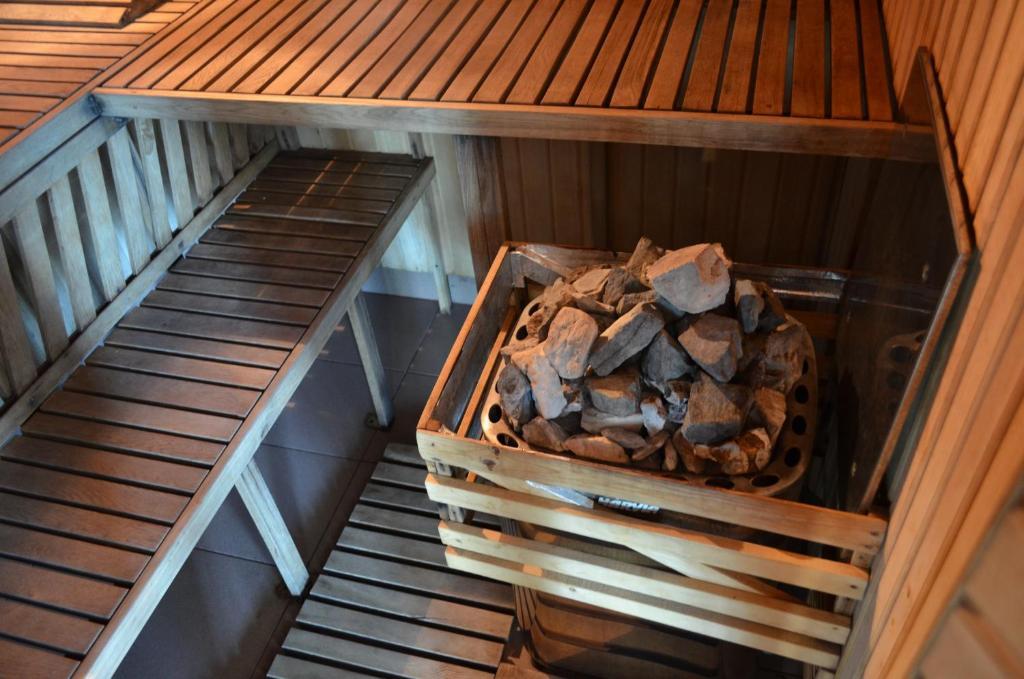 Отель With sauna and pool - фото №34