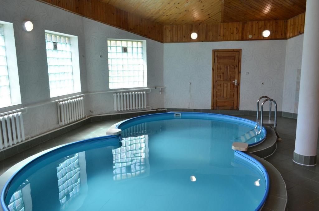 Отель With sauna and pool - фото №39