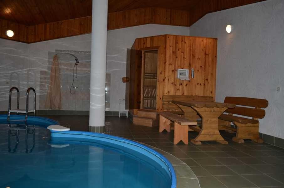 Отель With sauna and pool - фото №10