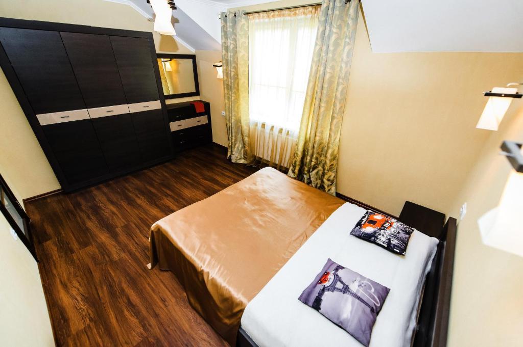 Отель Престиж в Центре Города - фото №10