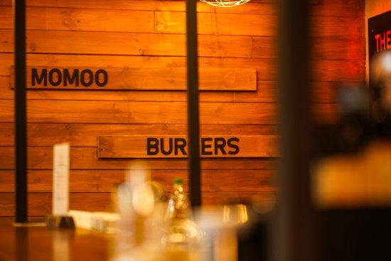 Street food Momoo Burger House - фото №10