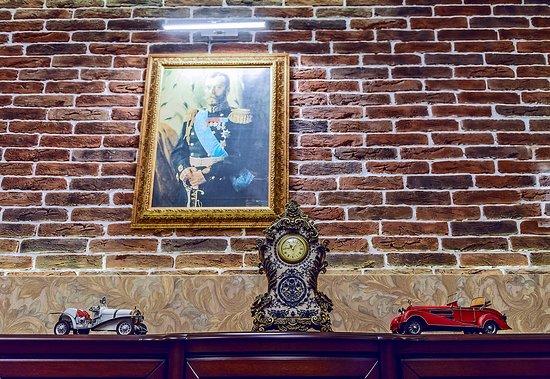 "Ресторан Kараоке-ресторан ""12 Стульев"" - фото №5"