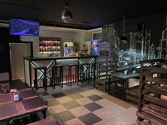 Крафтовый бар The Black Bar - фото №11