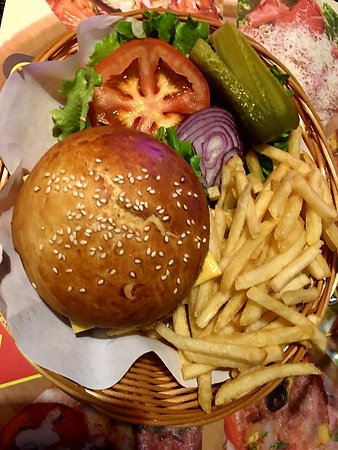"Сетевой фастфуд ресторан Ресторан ""Бургер Пицца"" - фото №6"