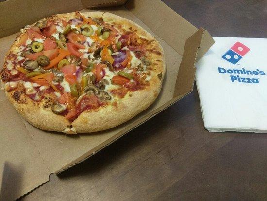 Сетевой фастфуд ресторан Dominos Pizza - фото №6